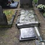 Vernielingen op begraafplaats Beckum Foto: TC Tubantia/ Wouter Borre